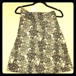 Tranquility by Colorado Clothing Skirts - B&W Paisley Athletic Skirt